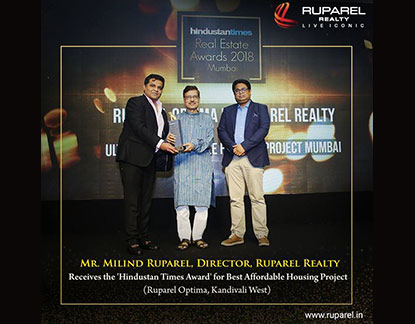 fd482d4596 Mr. Milind Ruparel, Director, Ruparel Realty receives the 'Hindustan Times  Award' for Best Affordable Housing Project (Ruparel Optima, Kandivali West)
